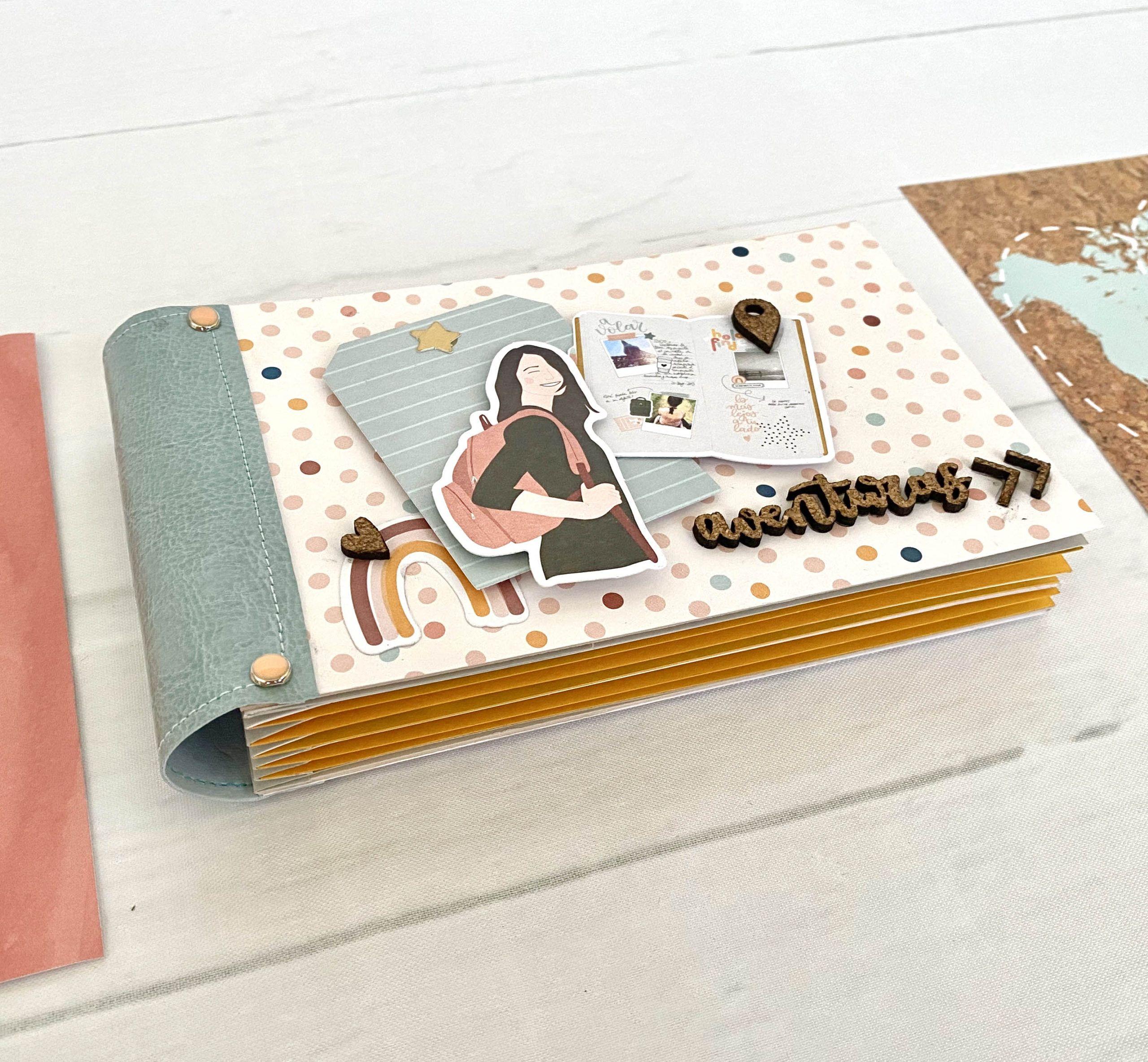 Álbum encuadernación acordeón con papelería scrapbook