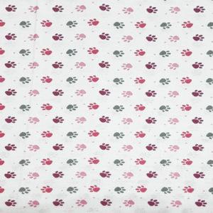 Tela-huellas-en-rosa