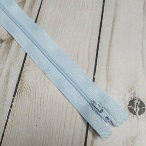 cremallera de nylon azul bebé