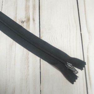 cremallera nylon 50cm en color negro