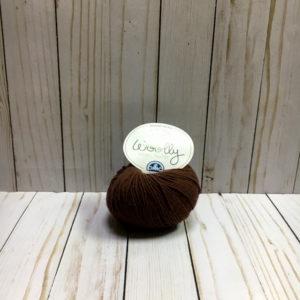 woolly marrón