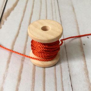 Cordón de rayón fino naranja