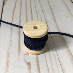 Cordón de rayón mediano azul marino