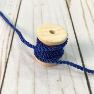 Cordón de rayón mediano azul eléctrico