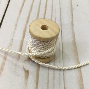 Cordón de rayón fino beige
