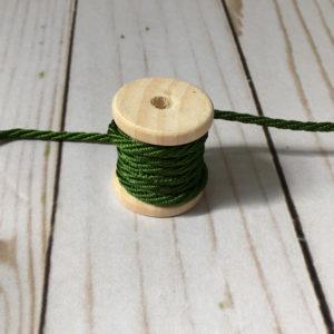 Cordón de rayón mediano verde