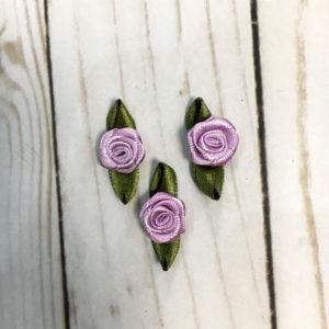 Aplicación para coser flores lila