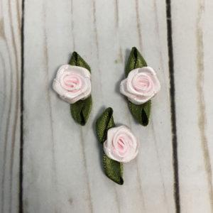 Aplicación para coser flores rosa