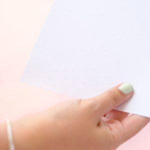 papel puntos blancos relieve