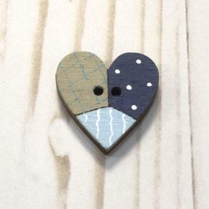 boton madera corazon azulon