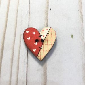 boton madera corazon rojo